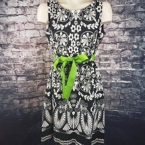 R&K Dresses - R & K Black and White Midi Dress with Lime Bow, 10